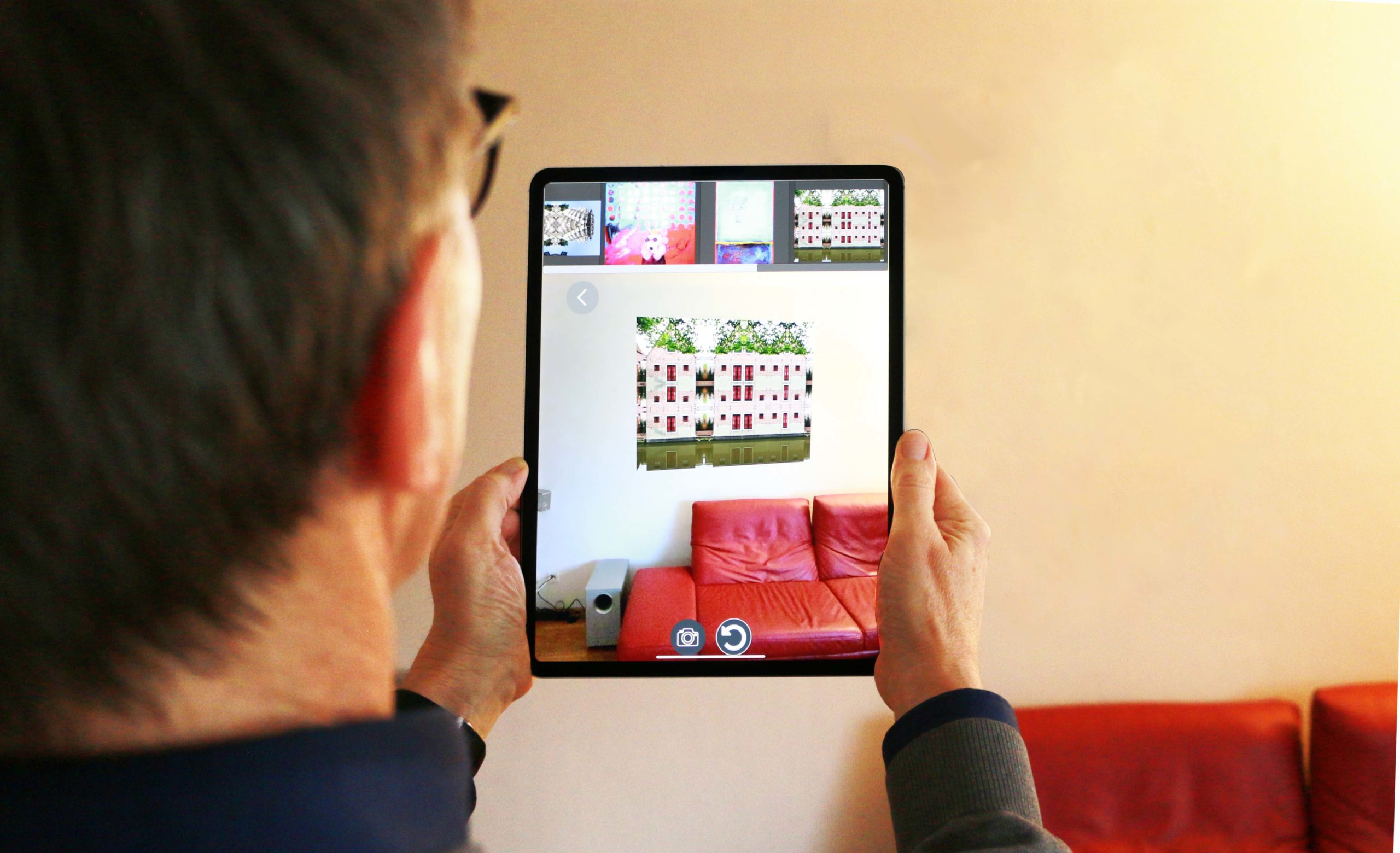 Kunstwerke per Augmented Reality zuhause ausprobieren